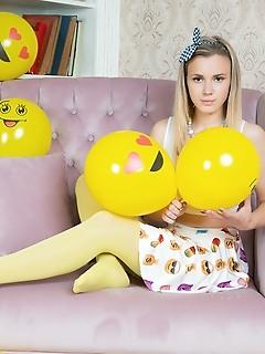Girl in yellow pantyhose