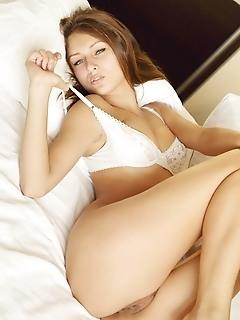 Quality beautiful pics erotica female angel