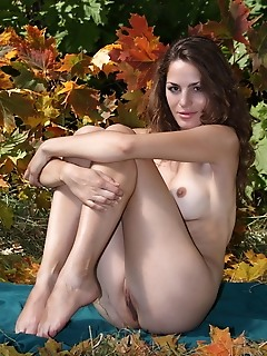 Erotica girl outdoor, outdoors, natural, nature real girl femjoy