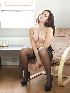 Erotica pussy jpg russian erotic art photography free