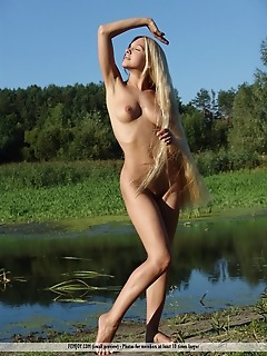Russian softcore thumbs naked girls free pics