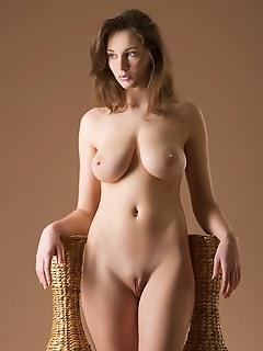 Best breasts, big tits erotic female erotic nude photo gallery