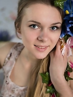 Virgin teen pics femjoy teen free gallery