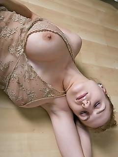 Teen couple hq erotica pics really erotic nude girls