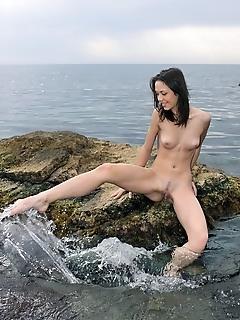 Naked ocean, sea, water erotic models naked image gallery