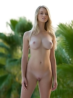 blonde big tits so pretty this weeks best of femjoy features the one, the only, carisha in so pretty. We know, quite an understatement. But what else