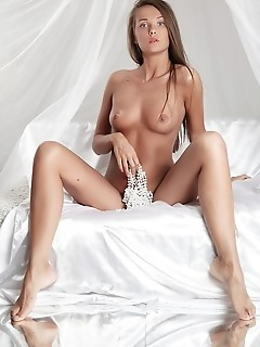 Teen femjoy skin female daily pics