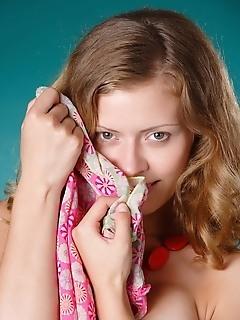 Free russian female photos nude female photo gallery