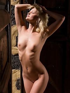 Teen xxx gallerys of erotic girls