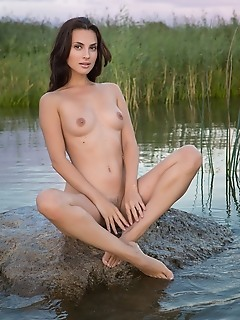 water siren song naked femjoy thumbnail gallery free softcore photography softcore coed gallerys