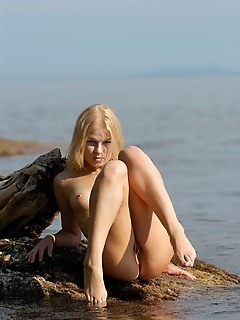 blonde ocean, sea, water aquatica this photo set, called aquatica and starring the lovely blonde nymphette, molly, is a genuine live fantasy come true