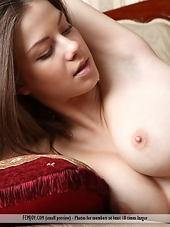 Softcore nude girls private femjoy pics
