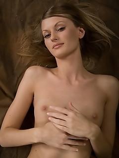 Free erotic naked girls sexy erotic boobs