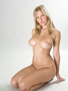 Teens nude art pics of erotic girls nude