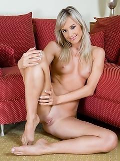 Naked series gallery hot girls femjoy