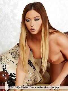 more please erotica babes 13 free femjoy virgins