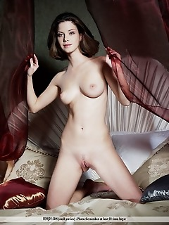 Free public softcore pictures girls pretty femjoy