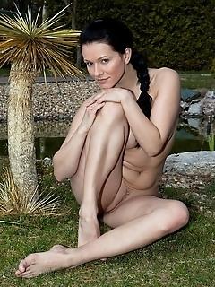Erotica girls being femjoy naked girls girl