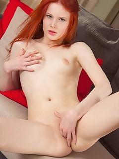 Teen redhead female scenes free vagina nude pics
