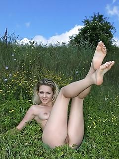 Teen femjoy love pretty erotic pussy