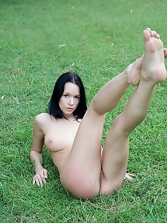 Nude russian photos pictures of girls having sex