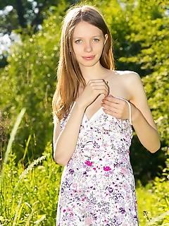 Cutie posing outdoor