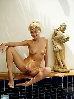 Photo young top erotic teen