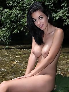 Free pics virgin free hot erotic pics