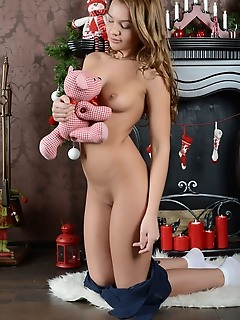 Hot shapely sweetie