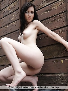 Free pictures of girls with beauty angels girl naked photo