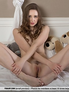 sweet escape totally free naked pictures xxx younger