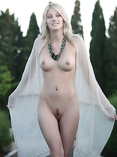 Adorable nude blonde