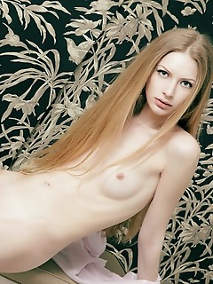 Beautiful erotica pussy female stripping