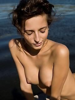 Femjoy girl femjoy young big tits on erotic girls